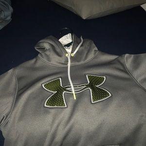 Gray Underarmour hoodie